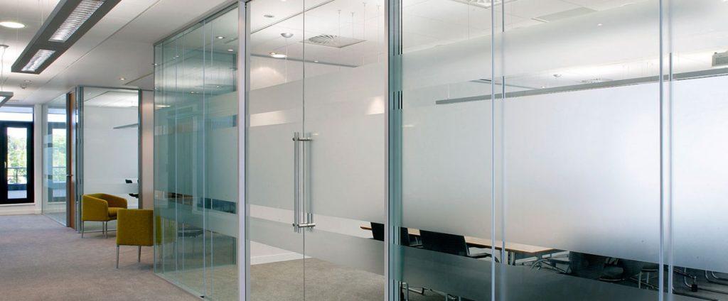 pembuatan kaca kantor